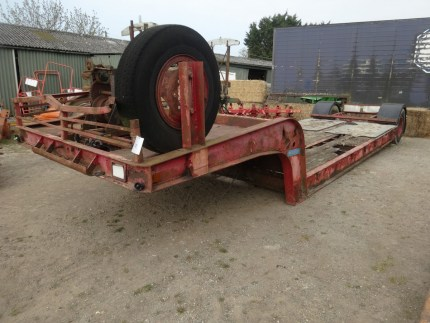 Tasker Low Loader
