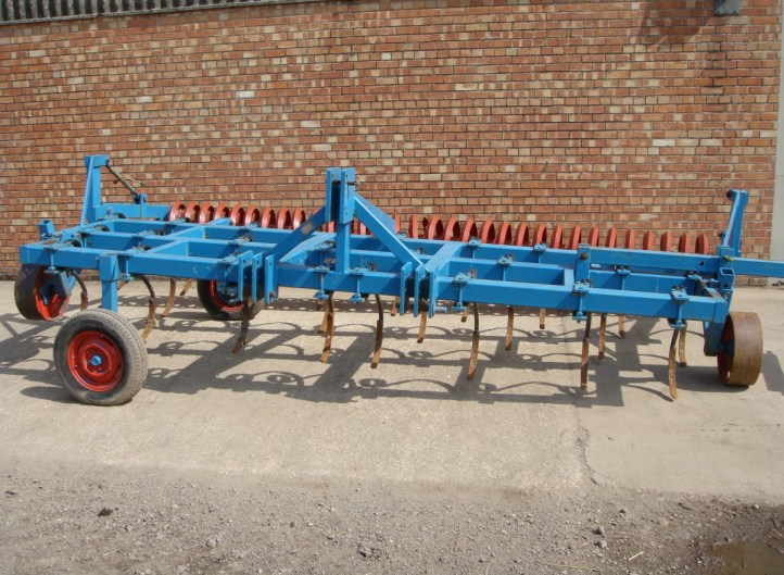 Blench Spring Tine Cultivator